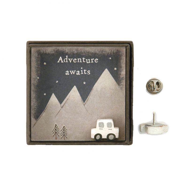 Καρφίτσα σε κουτί-Adventure awaits