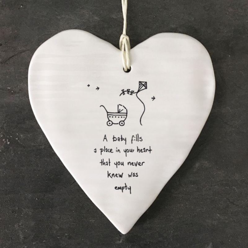 Καρδιά στρογγυλή-A baby fills a place