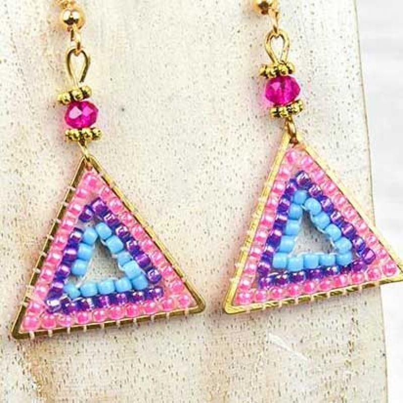 Σκουλαρίκια χάντρες τρίγωνα